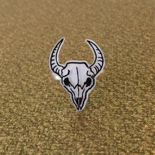 Veronika Glazunova - Bull Skull Ring