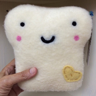 Toast pillow with heart
