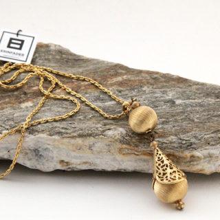 Antique Gold Teardrop Pendant Necklace