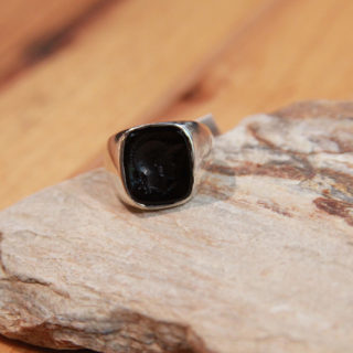 ef-trojan-cameo-in-black-ring