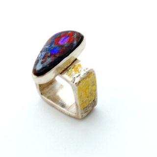 Bette Barnett Window Ring Featyre