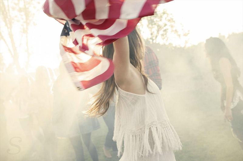 Ben Zelman - Girl With Flag